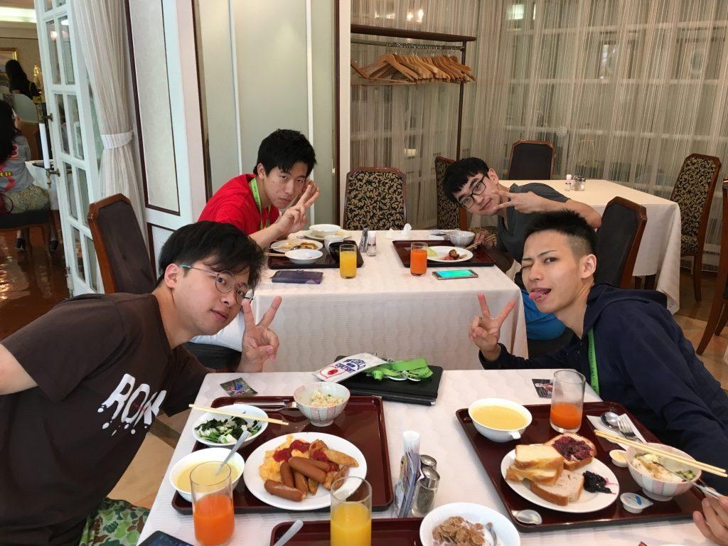 WCS2016 3日目 朝食は韓国代表と