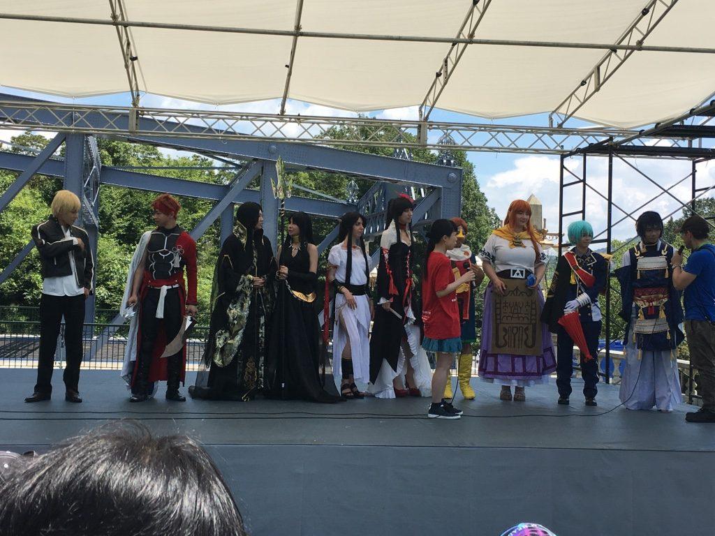 明治村ステージイベント 右からマレーシア、カナダ、ロシア、シンガポール、日本